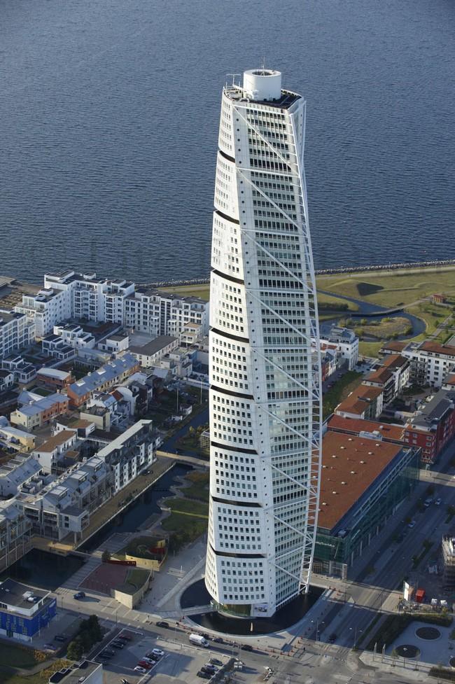 Tallest Person In The World 2014 Santiago Calatrava | N...